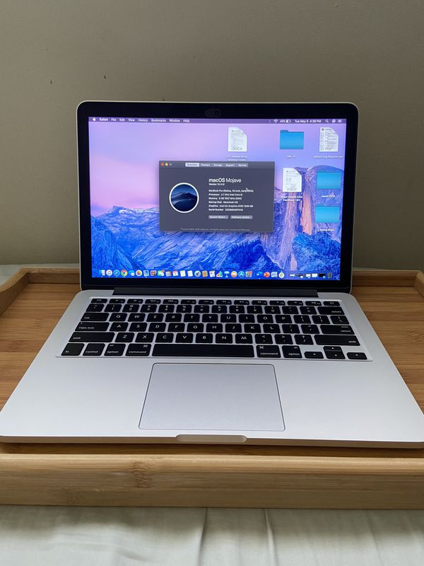 """Apple MacBook Retina Pro A1502 13"""" Laptop - MF839LL/A (March. 2015. Silver). for Sale in Los Angeles. CA - OfferUp"""