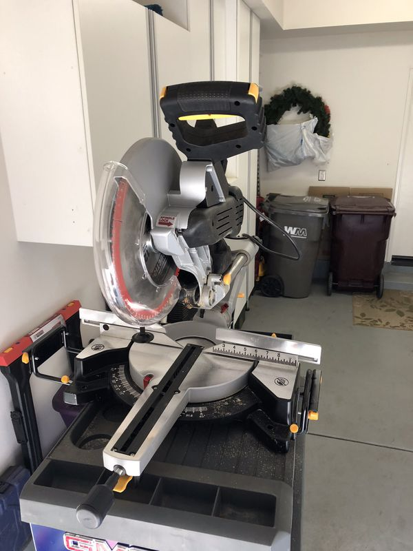 Chicago Electric Compound Miter Saw