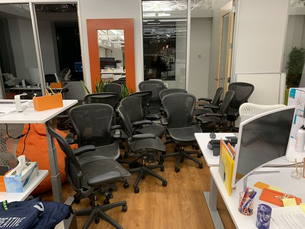 herman miller chairs seattle banquet chair covers bulk aeron office for sale in wa offerup
