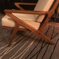 Z Chair Mid Century Covers For Lift Recliners Brand New Style Retails Over 600 Furniture In Fowler Ca Offerup
