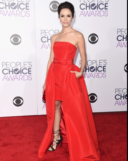 Abigail Spencer turns head in this red gown [Getty]