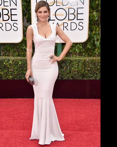 Maria Menounos keeps it simple in a off white dress on the Golden Globes red carpet [Getty]