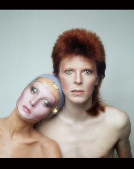 David Bowie with supermodel Twiggy [Getty]