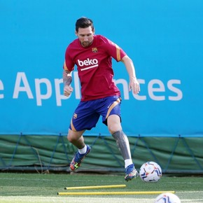 After the fight, Messi returned to training