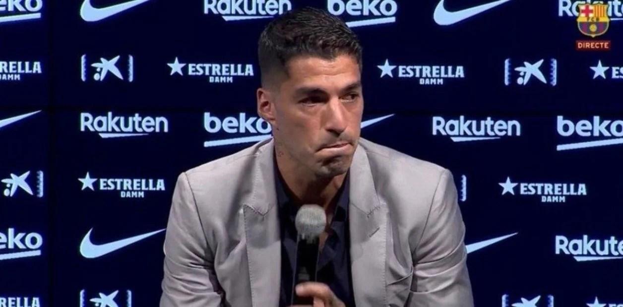 Suárez se despidió del Barcelona y rompió en llanto