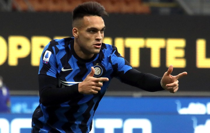 Lautaro Martínez wants to celebrate and lift in the Champions League (efe).