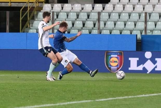 Immobile define de zurda: gol de Italia (EFE/EPA/ELISABETTA BARACCHI)