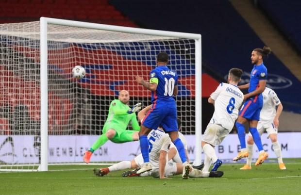El gol de Sterling (EFE/EPA/Adam Davy / POOL)