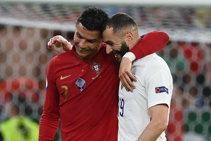 Benzema y Cristiano en el partido. Foto: AFP.