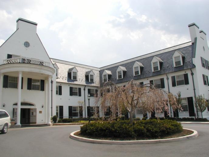 penn state 39 s hotel bars state college 39 s best kept secrets. Black Bedroom Furniture Sets. Home Design Ideas