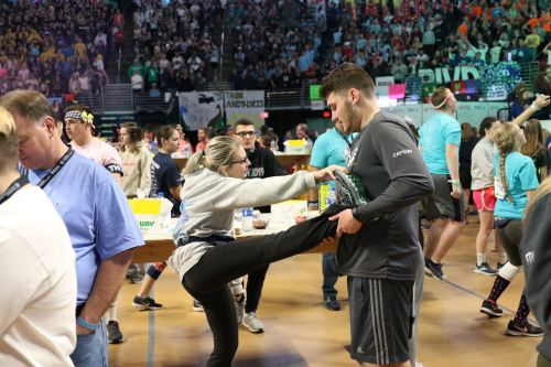 Subtle Ways Dancers Learn The Time During THON