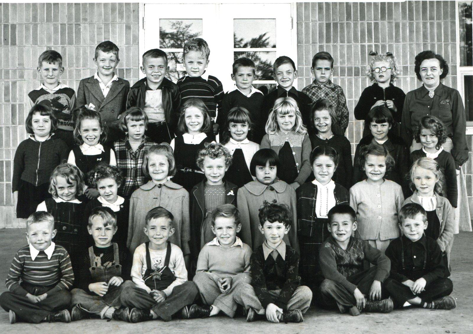 Glenwood School Grade Class Miss Herma Bailey October 195 Burlington Historical Society