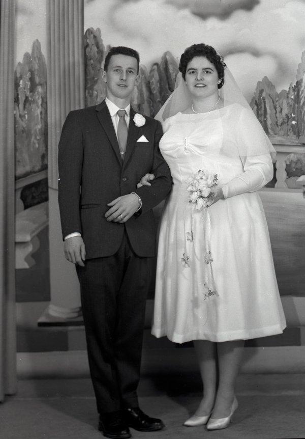 Full View Mariage De . Mme. Gaetan Laplante Wedding Of And