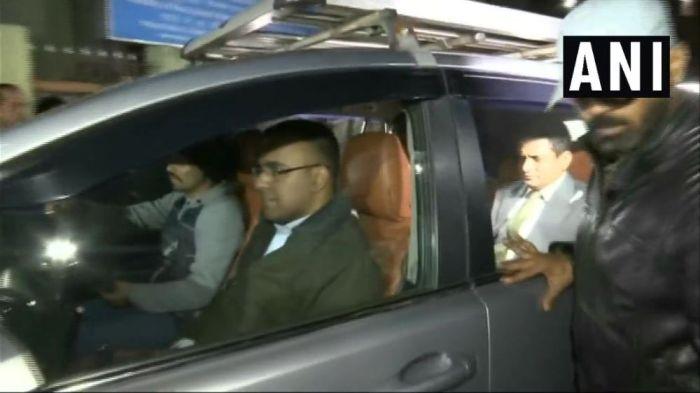 Saradha Chit Fund Scam: CBI To Continue Questioning Kolkata Top Cop Rajeev Kumar Tomorrow