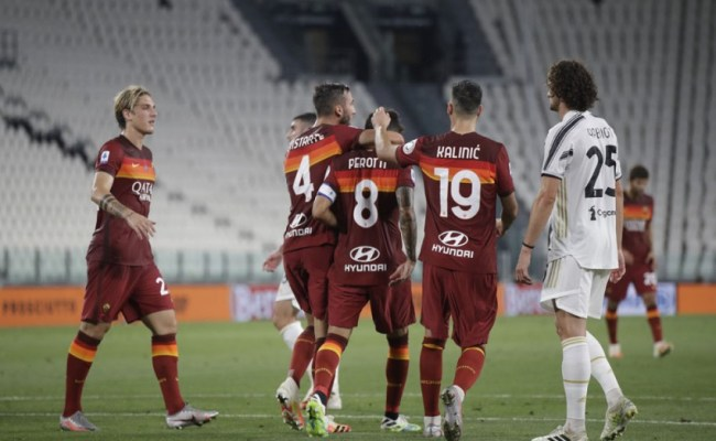 Juventus 1 3 Roma Diego Perotti Double Ends Champions