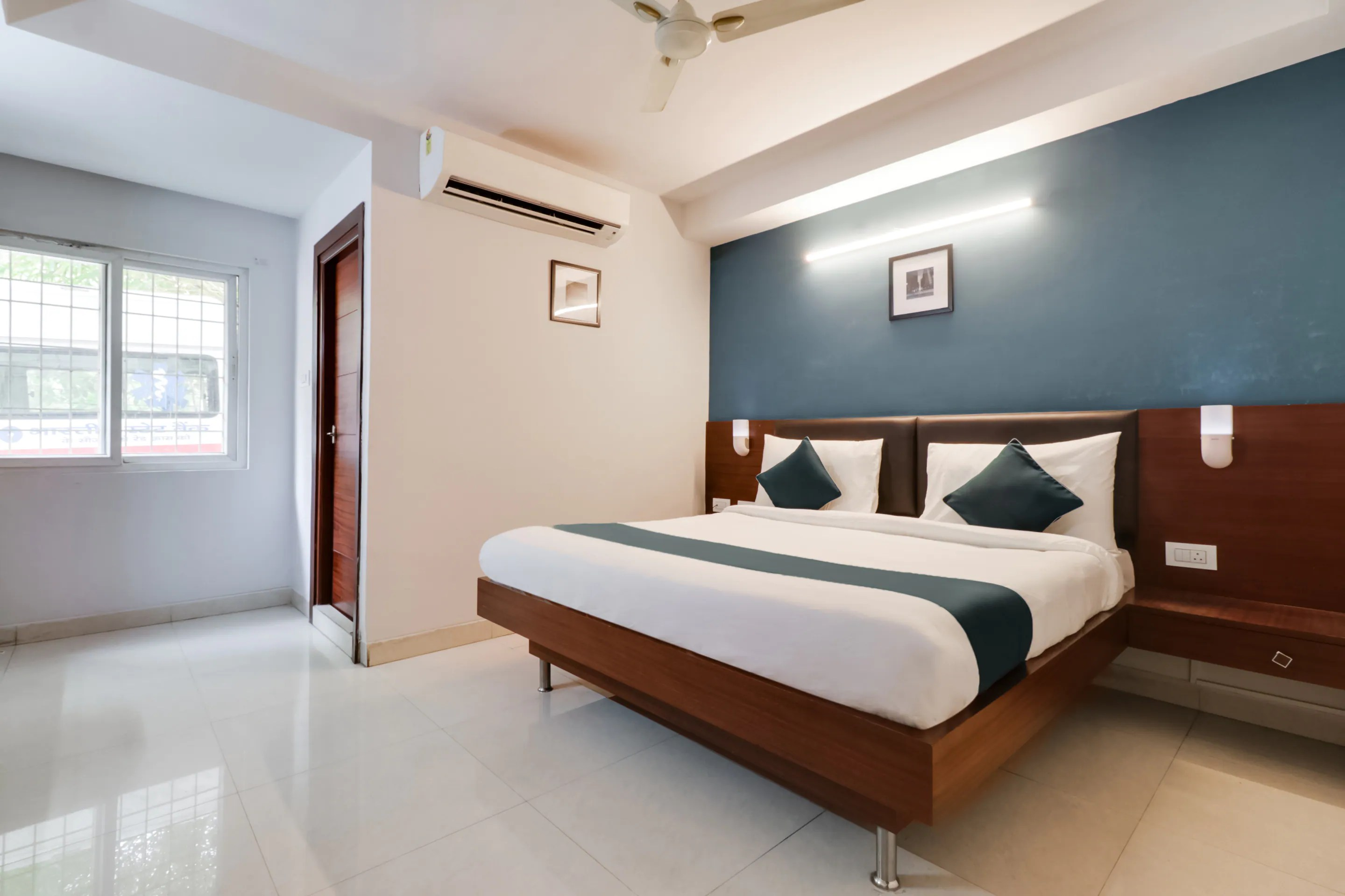 Hotels In Diamond Park Visakhapatnam With View Starting