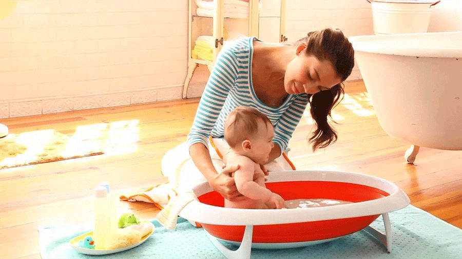 How To Bathe A Baby Parents