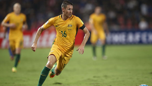 Caltex Socceroos attacker Nathan Burns has signed with Japanese club Sanfrecce Hiroshima.