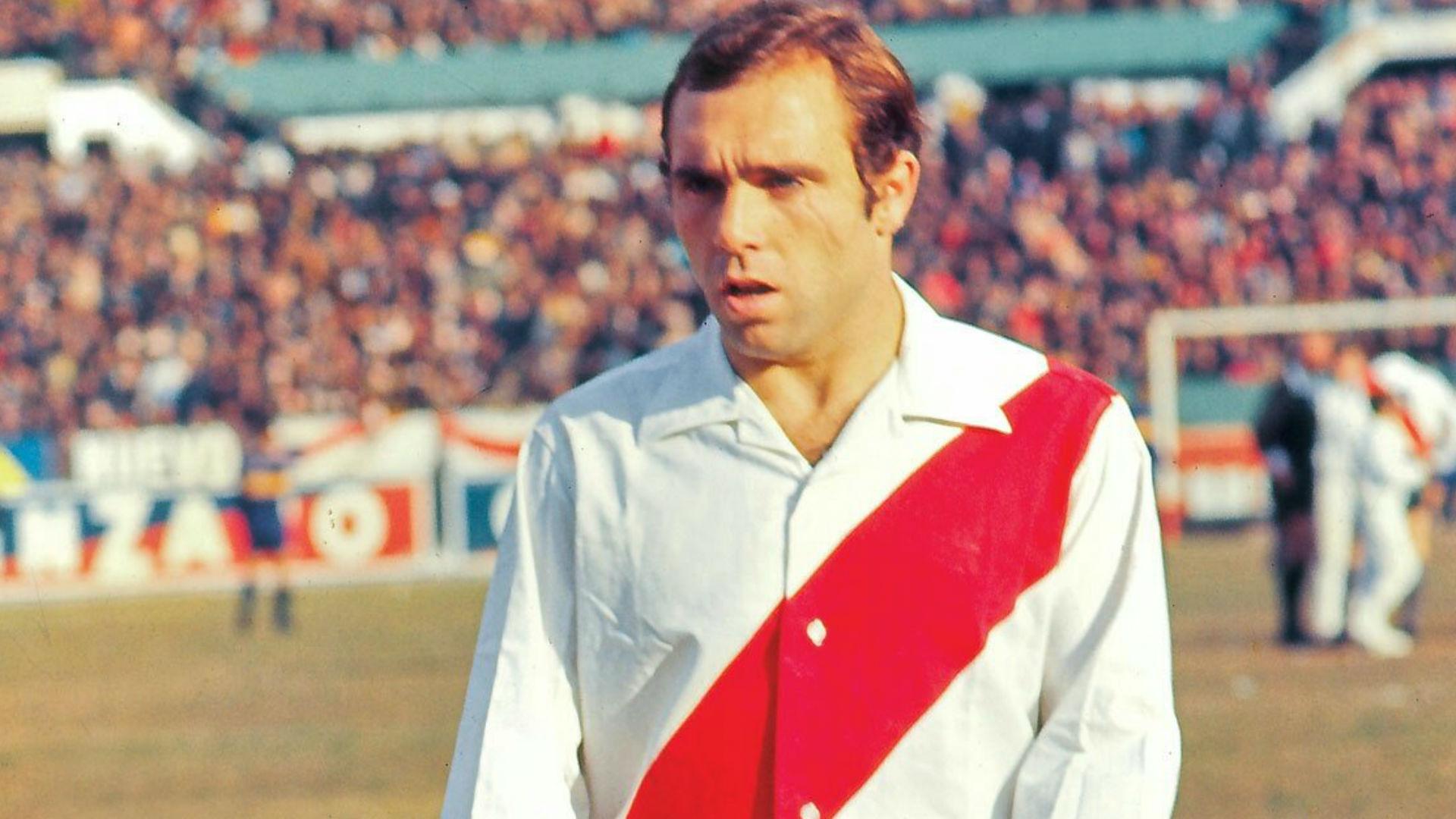 4. Daniel Onega (River Plate) - 31 Goles