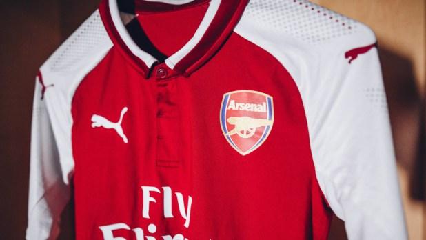 Alexis Sanchez & Ozil feature as Arsenal reveal new 2017-18 home kit