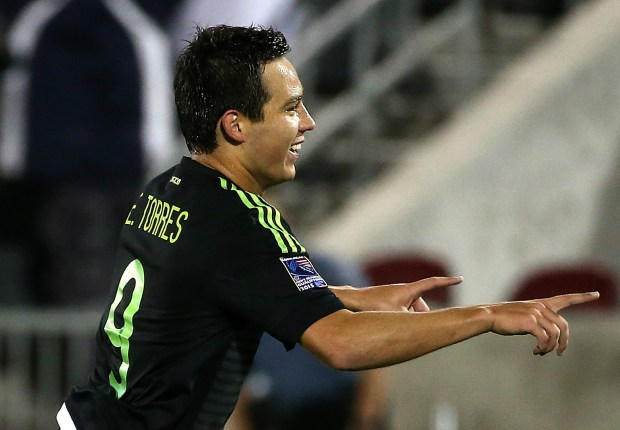 Mexico vs. Jamaica team news: Cubo Torres starts up top for El Tri in Gold Cup