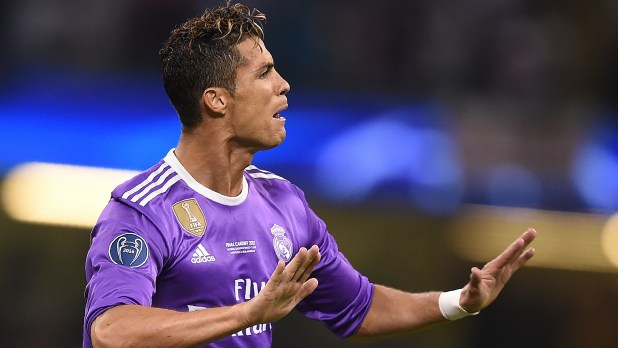 Madrid must move Ronaldo into a palace & build him a statue if it avoids CRexit