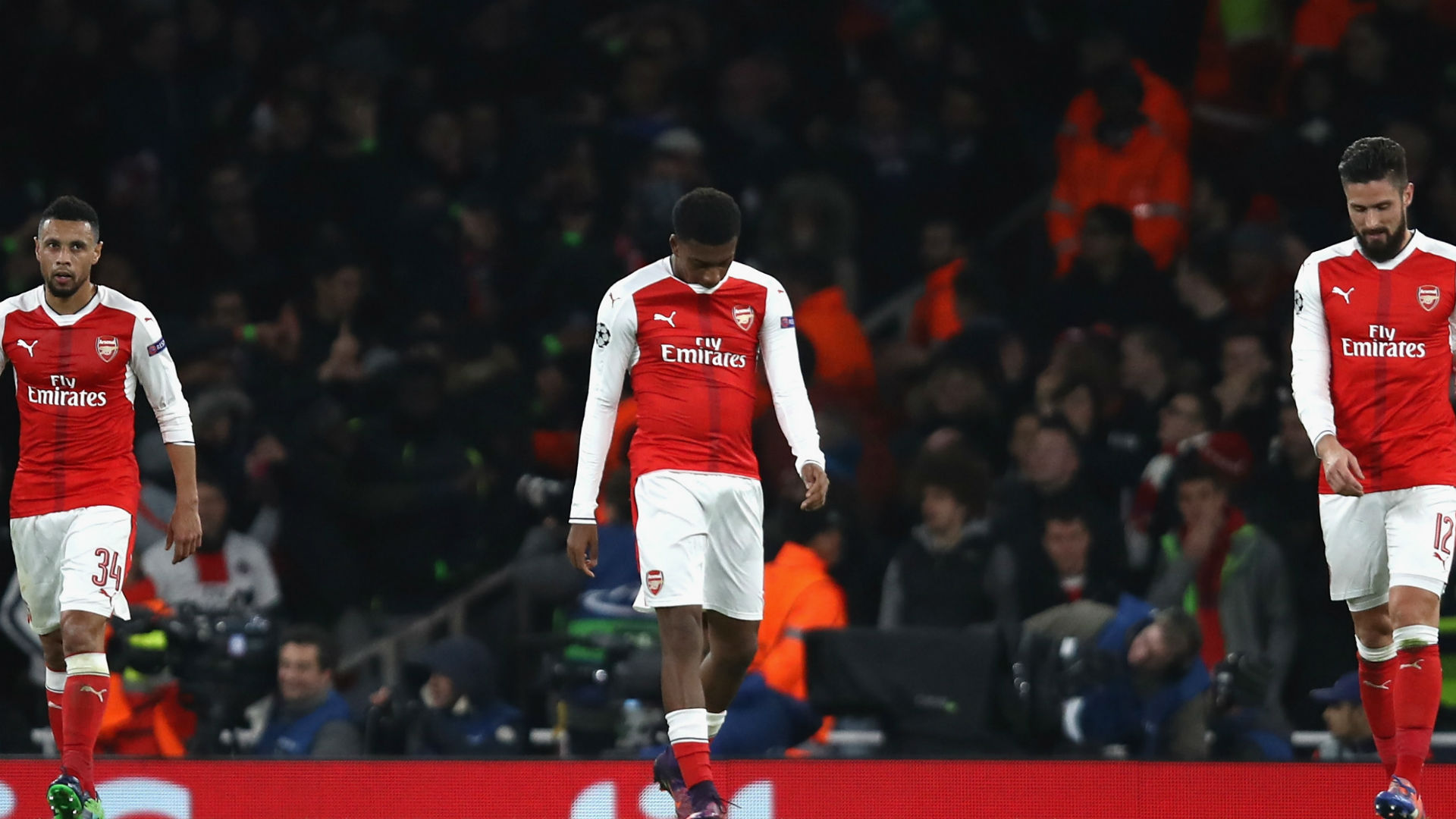 'Need to loan him to Rotherham ASAP' - Twitter attacks Iwobi after own goal