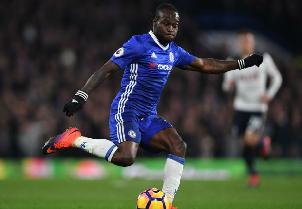 Moses signs new Chelsea deal