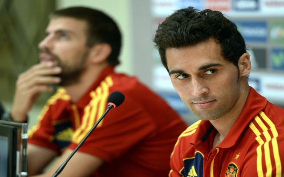 Arbeloa & Pique - Spain press confidence