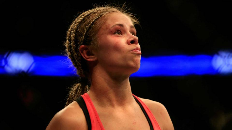 Ufc S Paige Vanzant Opens Up About Bullying Contemplating