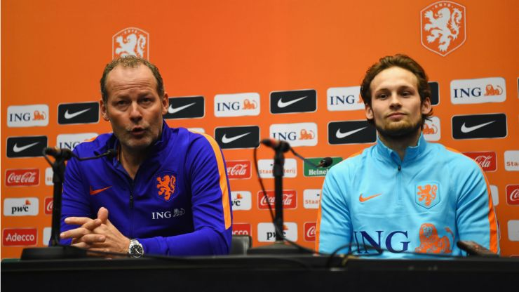 Daley Blind proud of father, sacked Netherlands boss Danny Blind