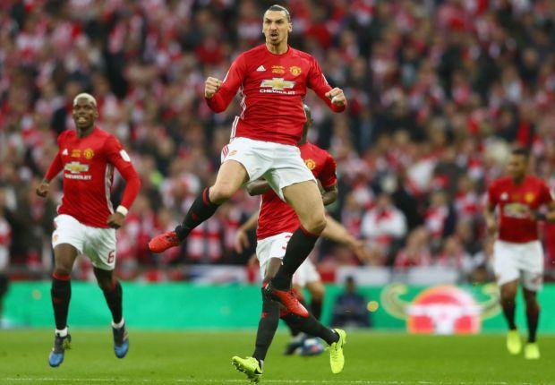 Mourinho hints Ibrahimovic could make Man United return