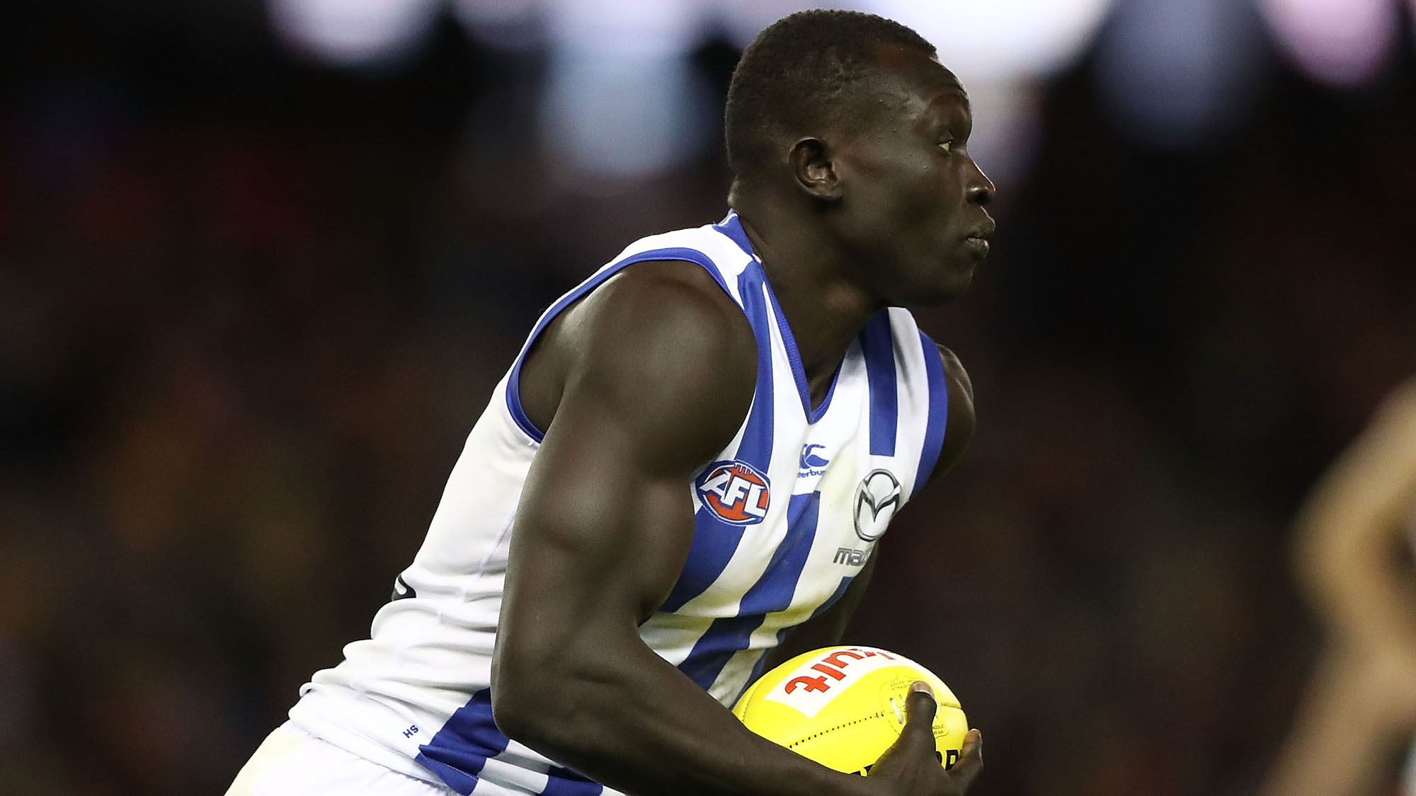 North Melbourne S Majak Daw Reportedly Hospitalised After