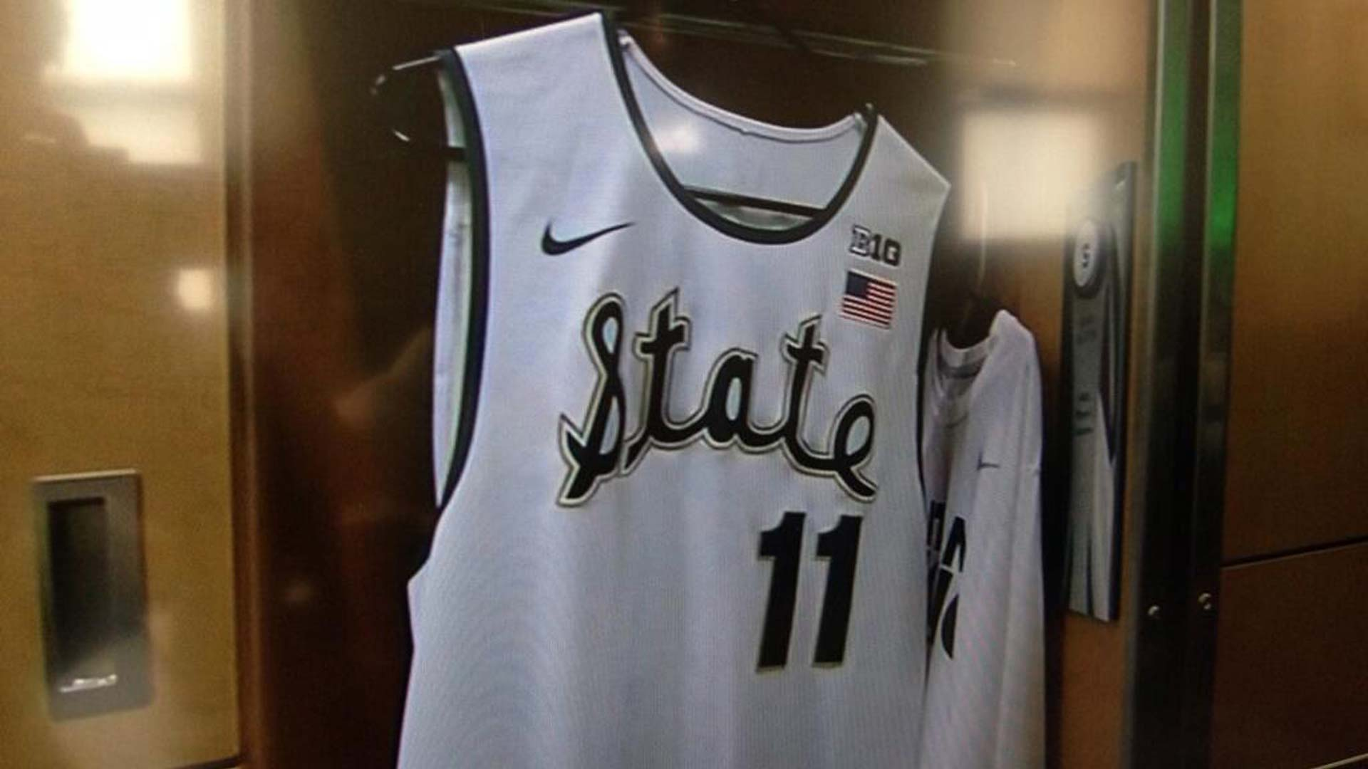 Michigan State to wear 1979 throwback jerseys for Michigan