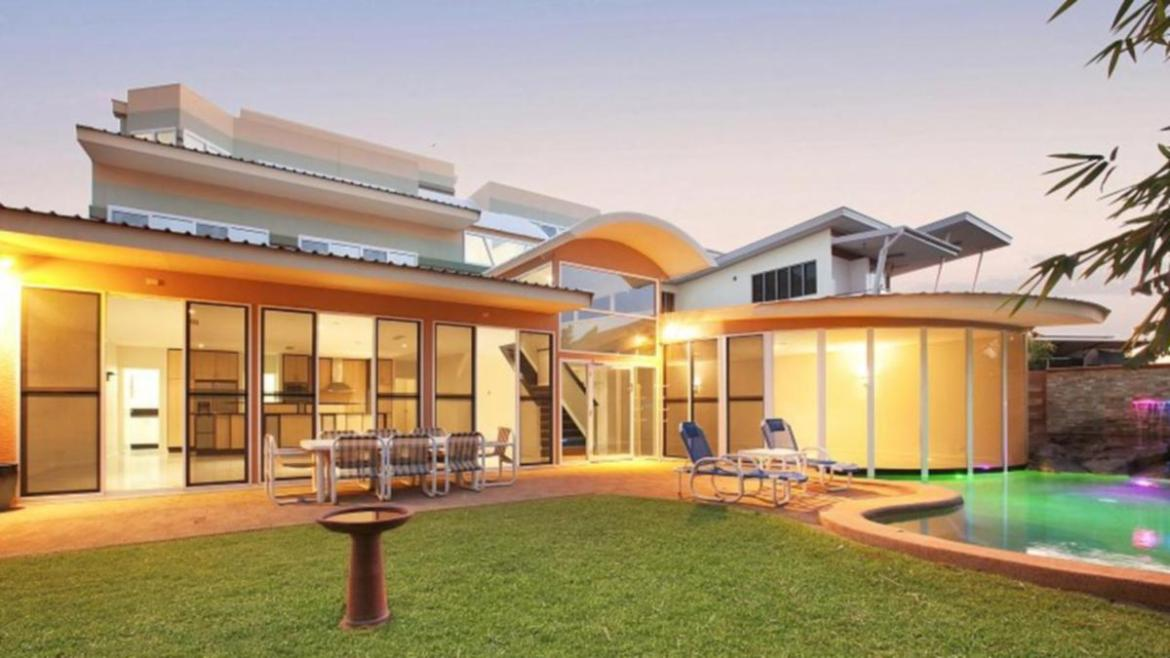 Airbnb guests – including at Magnificent Mansion in Bayview, NT, can now be dobbed in by their neighbours.