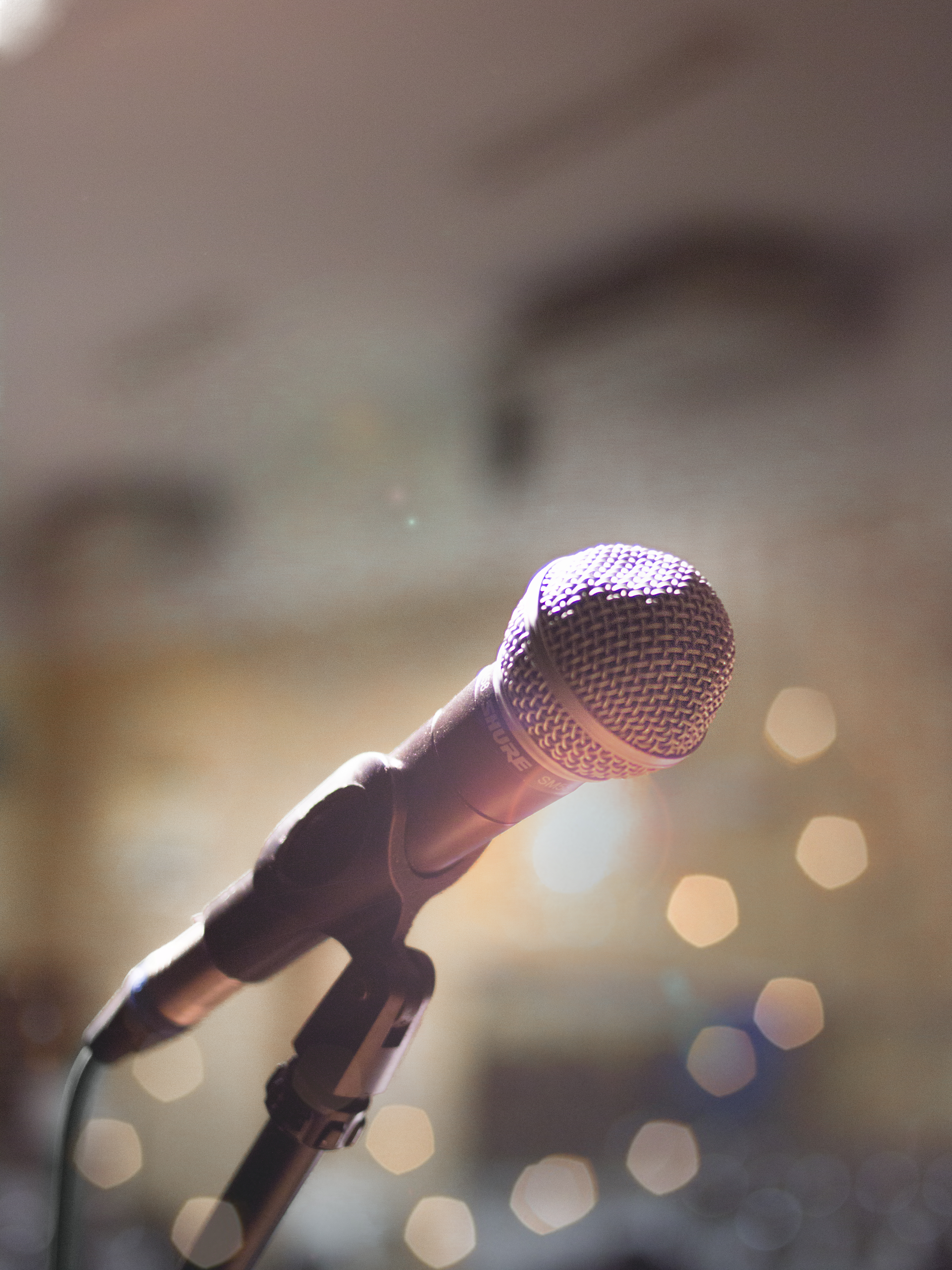 Iphone X 4k Wallpaper Hd Person Holding Microphone 183 Free Stock Photo