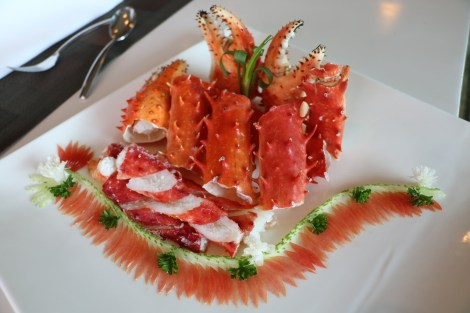 Cook Crabs on Top of Ceramic Plate