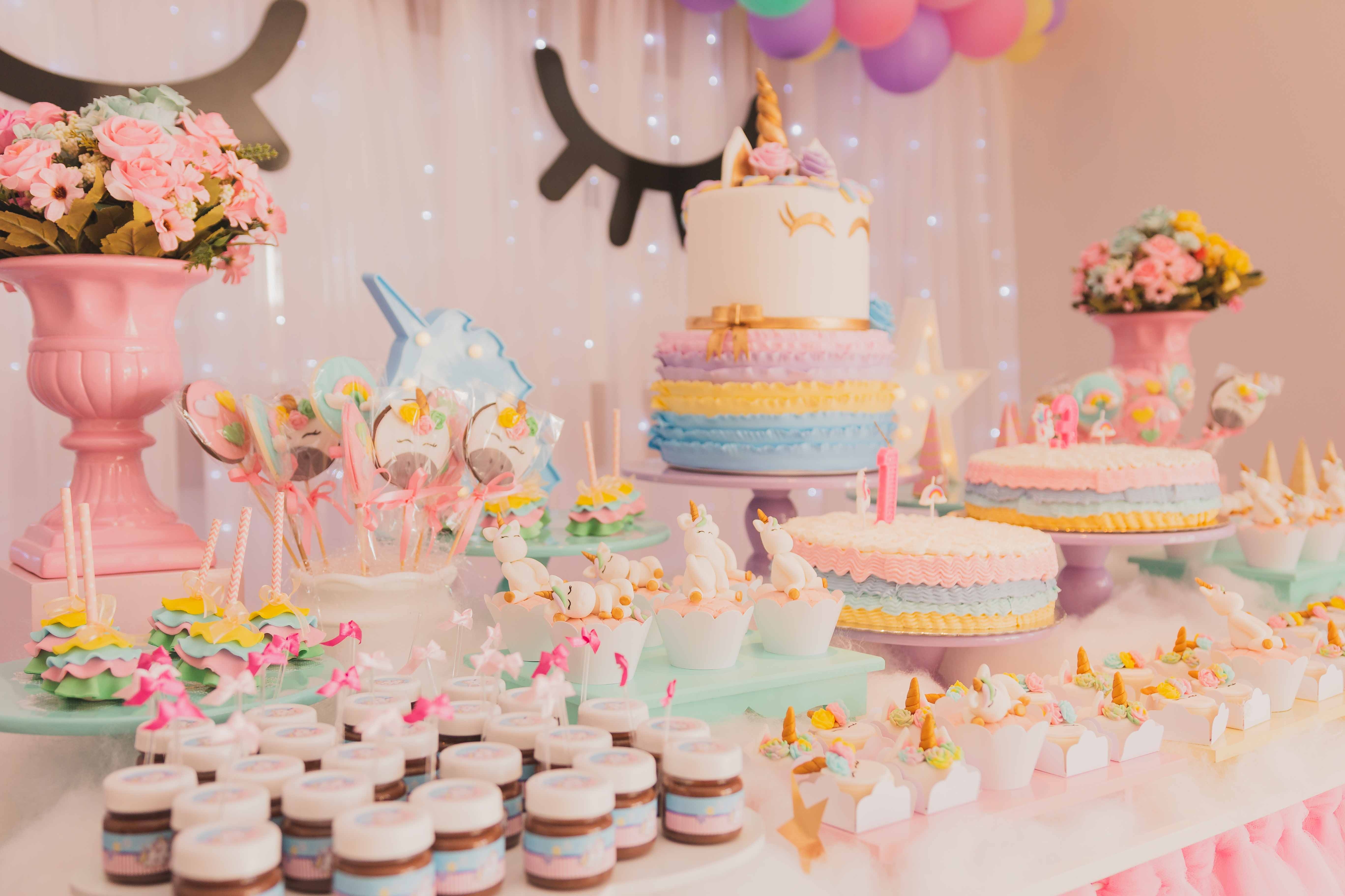 how to plan a baby shower on a budget