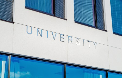 5 Dos And Don'ts When Applying To University