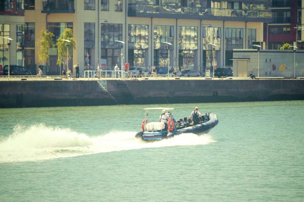 Free stock photo of city, boat, river, speedboat
