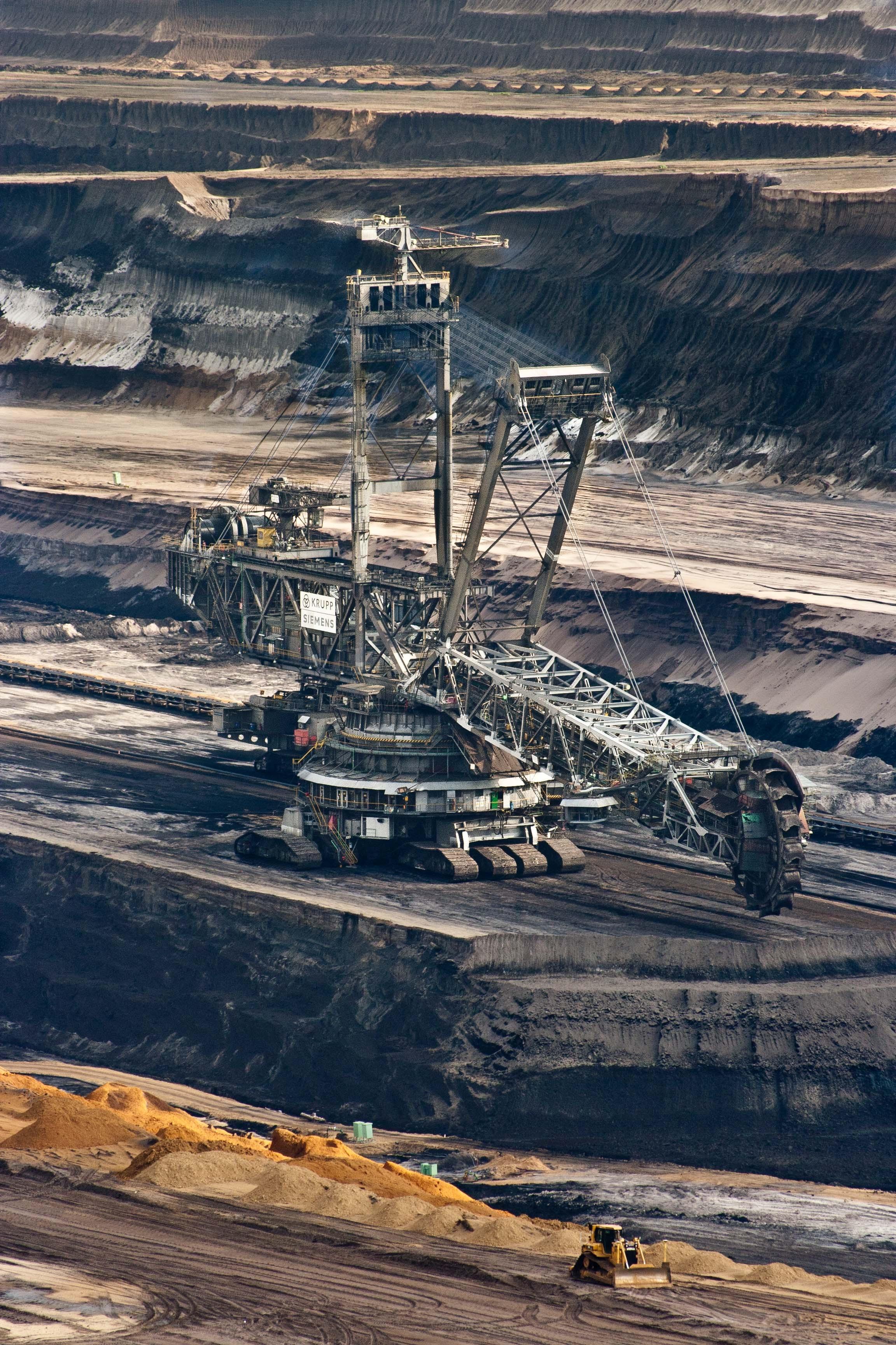 Black Iphone X Wallpaper 4k Free Stock Photo Of Brown Coal Bucket Wheel Excavators