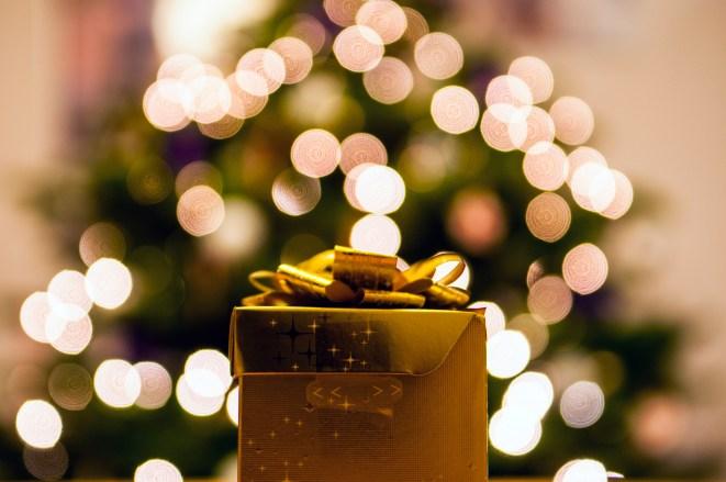 bokeh, christmas, gift