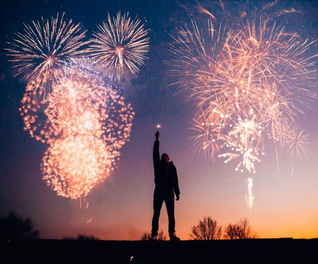 Man Met Vuurwerk