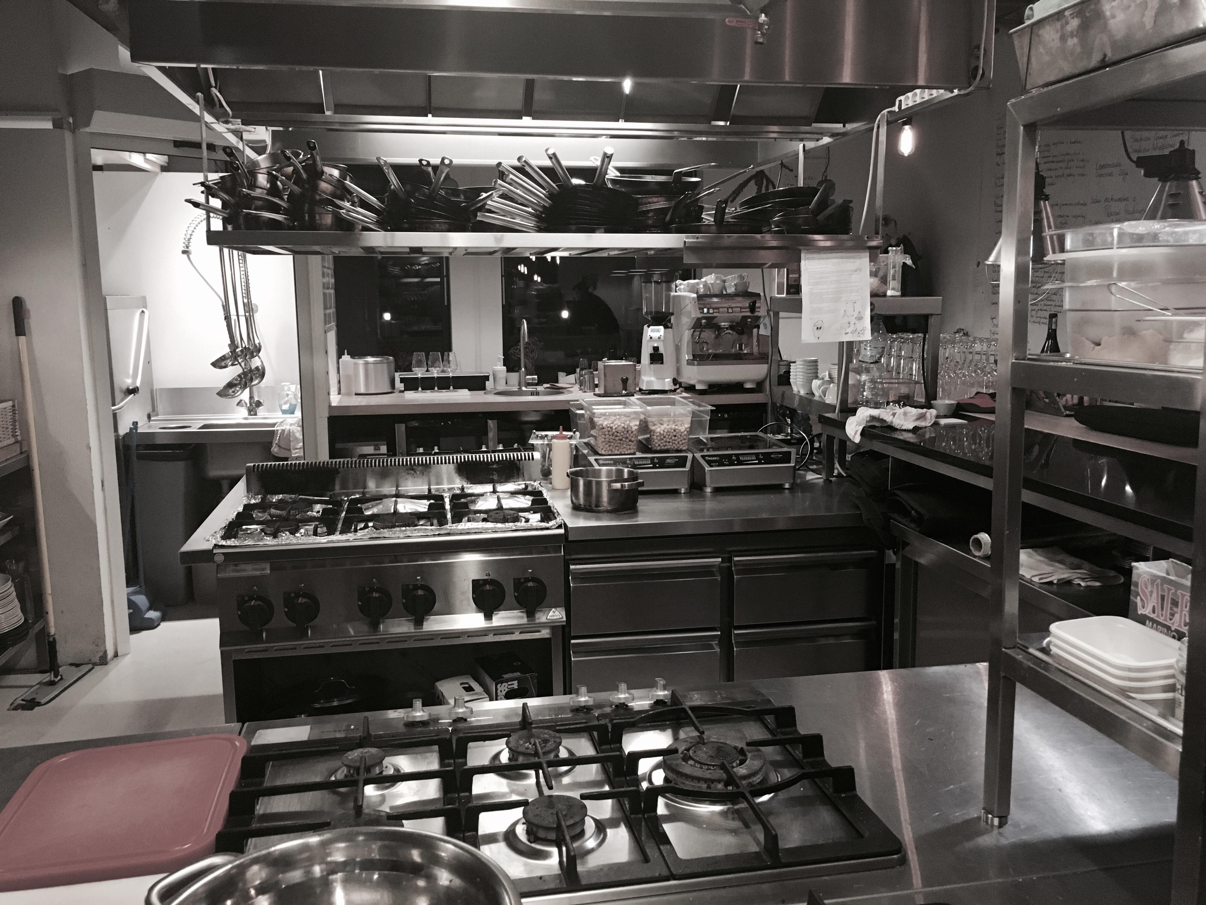 Small Kitchen Design Pics