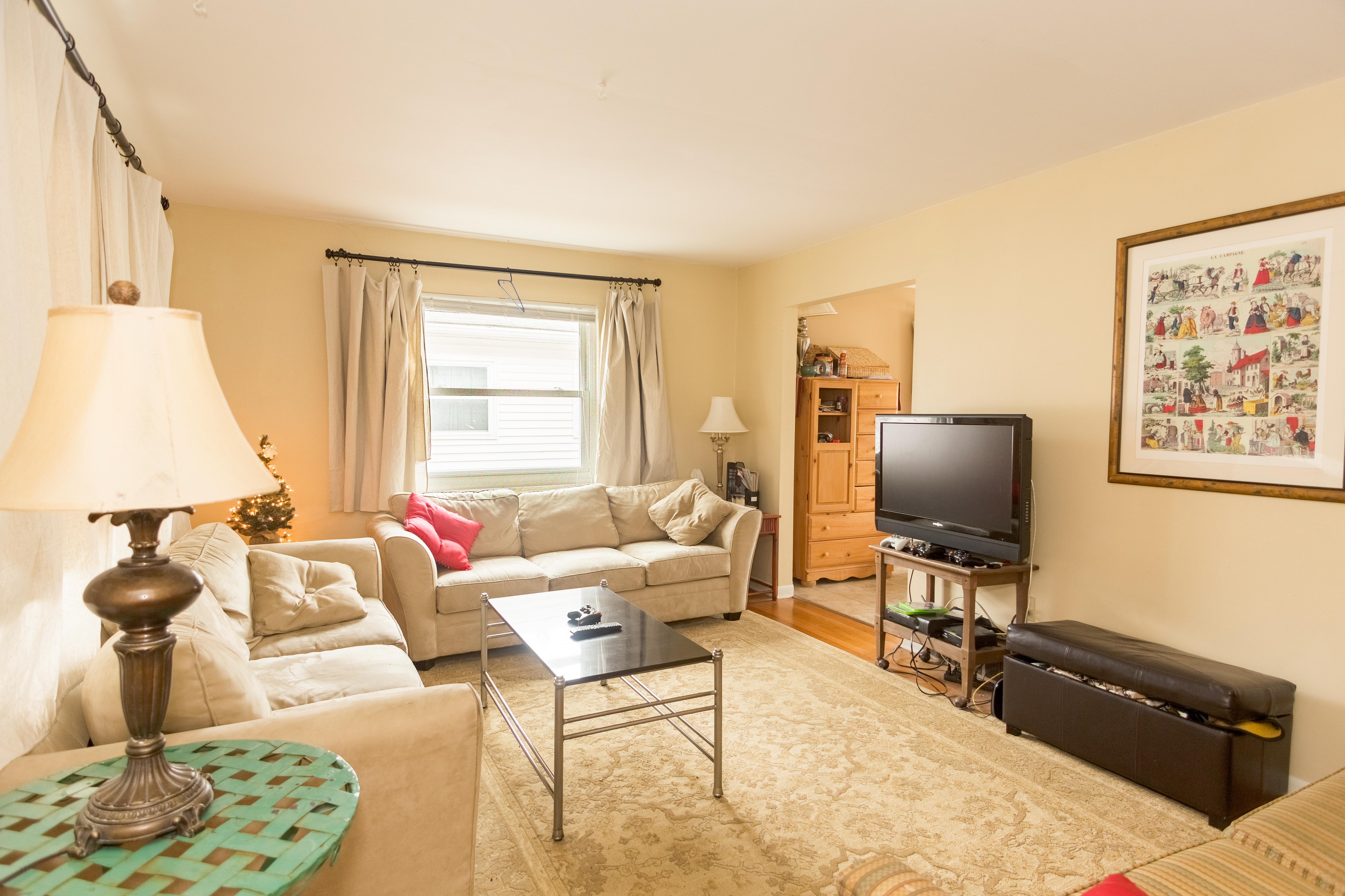 Living Room No Carpet