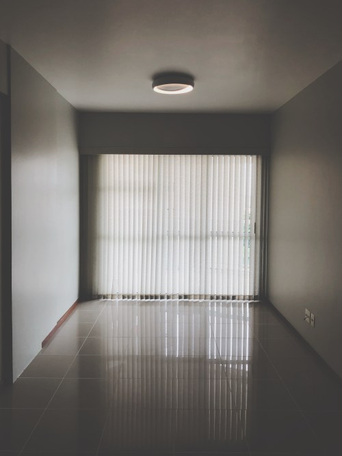 1000 interesting empty room
