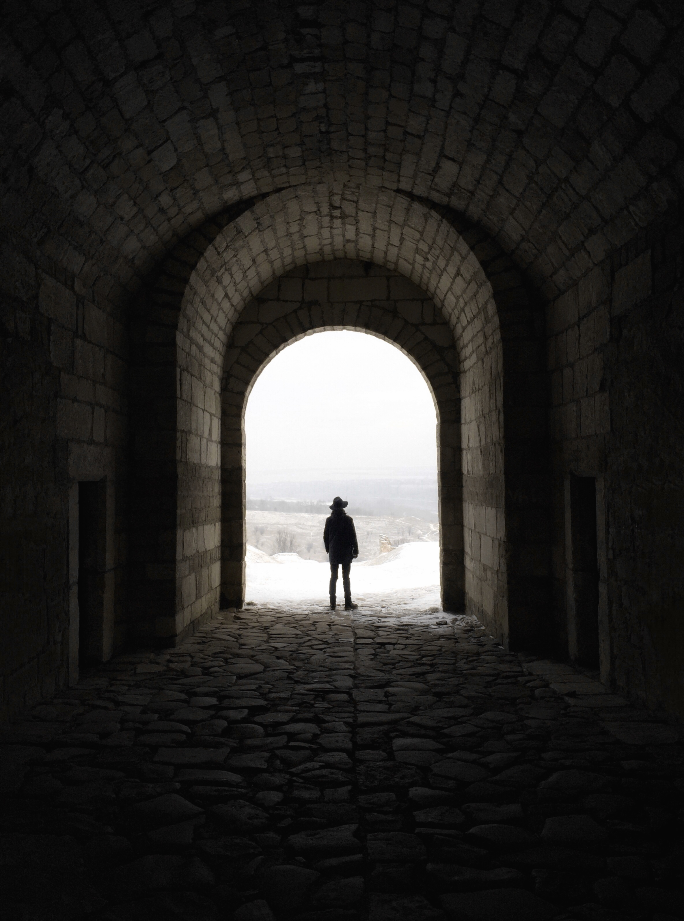 Iphone X Wallpaper Size Perspective Greyscale Photography Of Man Walking On Tunnel 183 Free