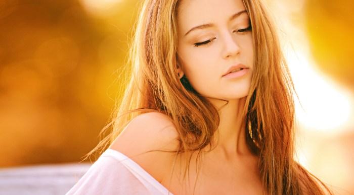 Brunette Woman Blonde Long Hair in White Off Shoulder Sleeve at Daytime