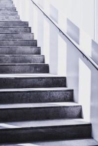 500+ Amazing Stairs Photos  Pexels  Free Stock Photos