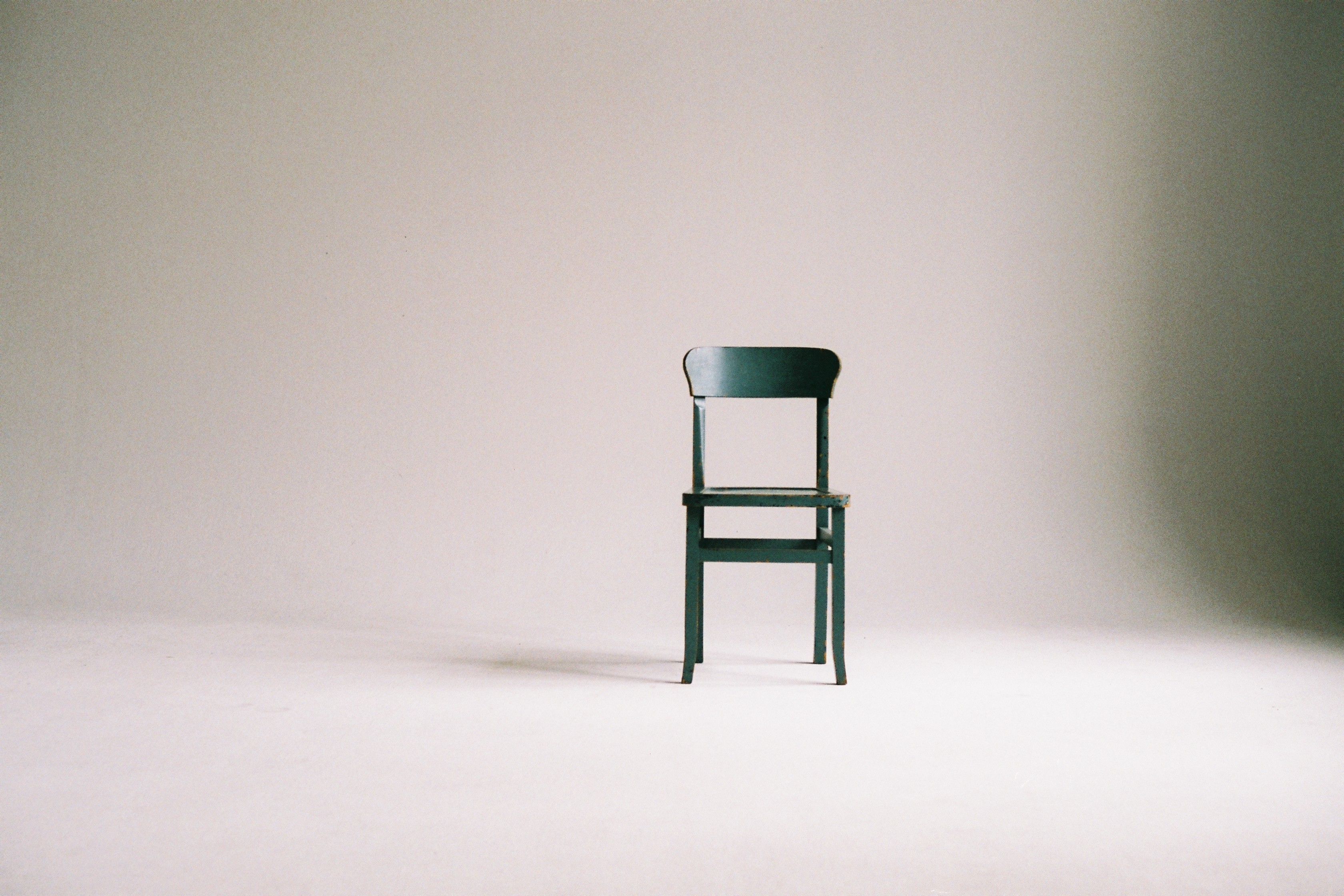 nice chair stool how to reupholster a dining room cushion 519 artistic images pexels free stock photos green wooden on white surface